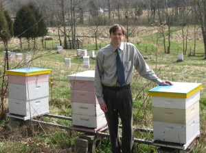 Michael Wilson at RosecombApiaries